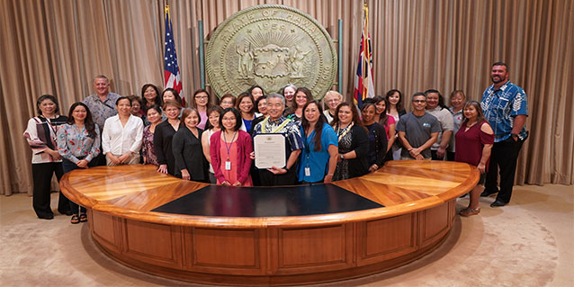 State payroll professionals join Gov. Ige for Payroll Week proclamation.